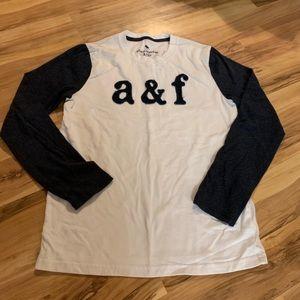 Abercrombie kids size 13/14 baseball t shirt